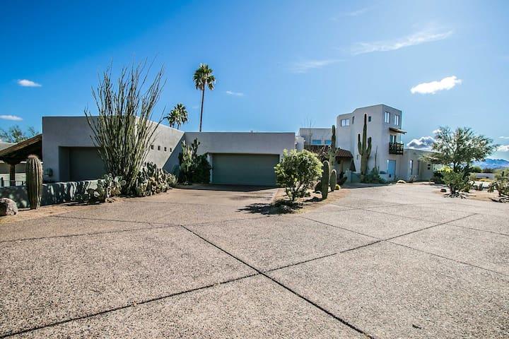 Ranch style Resort Home near Saguaro Lake AZ