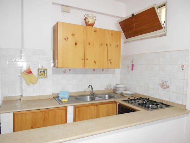 Villettina con terrazzo sul mare - Stalettì - Apartamento