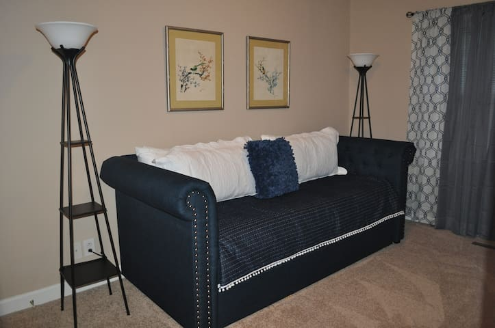 Bedroom #2  Twin daybed with a twin trundle bed