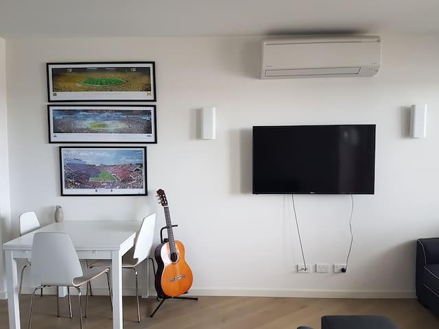 Private Apartment + New + WiFi + Full Amenities - Mentone - Apartment