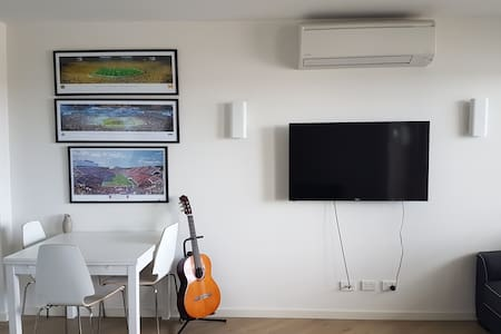 Private Apartment + New + WiFi + Full Amenities - Mentone - Apartmen