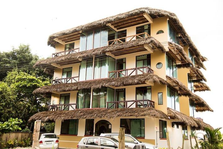 San Antonio Suite - Esmeraldas - Rumah Tamu