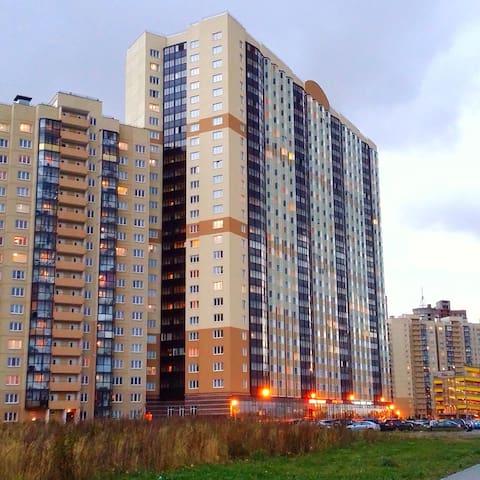 Сдаю уютную 2-х комнатную квартиру - Petrohrad - Byt