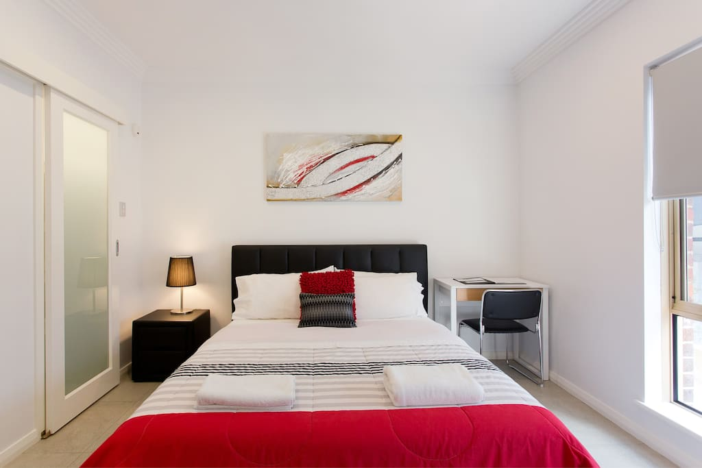 Studio Apartment 200m to Perth CBD