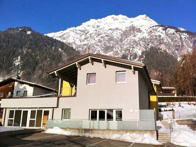 4-room apartment 103 m² Lacroix for 6 persons