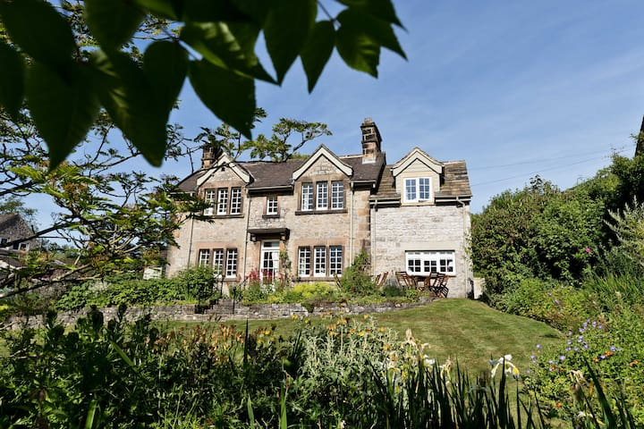 Lambton Cottage | Fabulous For Families | Bakewell