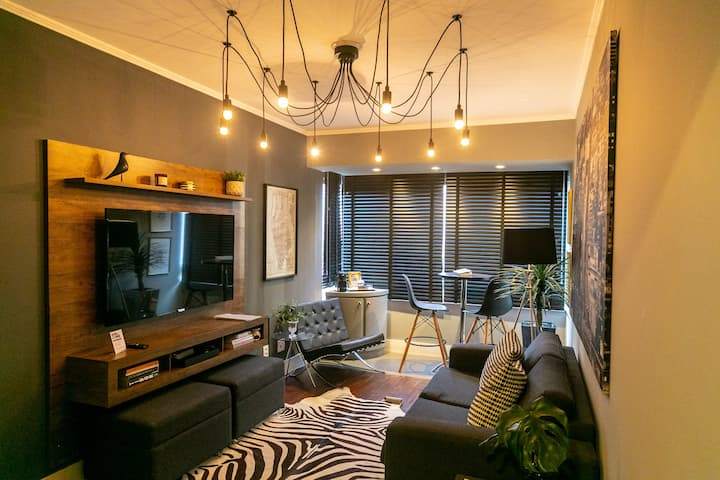 ★ Renovated Apt Downtown ★ 24/7 security ★