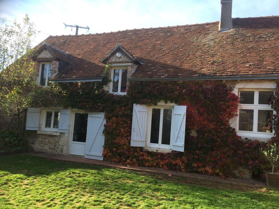 Notre maison aux couleurs de l'automne