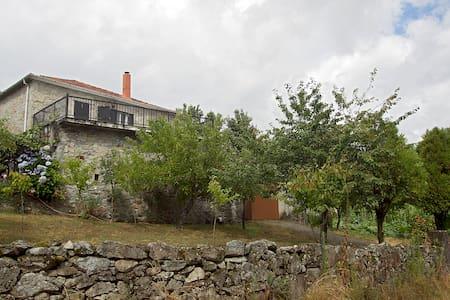 Ribeira Sacra, Galicia (España) -  O Saviñao