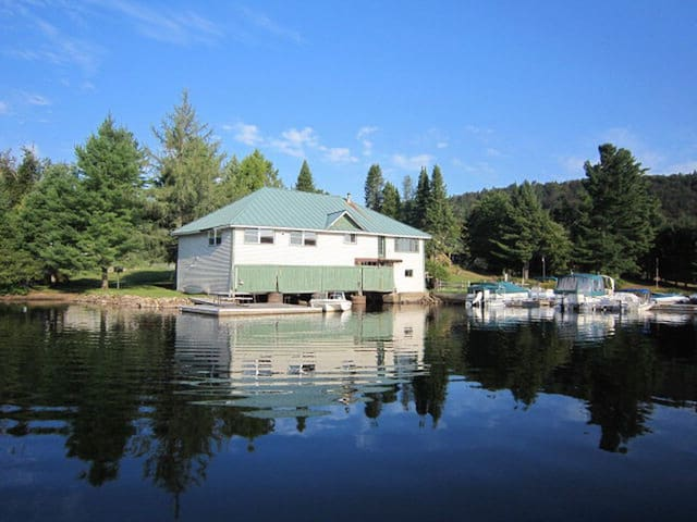 Glenmore Boathouse Right