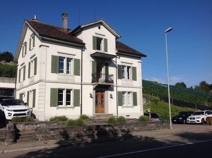 Stäfa - Hostel Seeburg - Mehrbettzimmer (2)