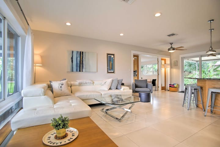 Spread out in the open interior with 3 bedrooms and 3 bathrooms.