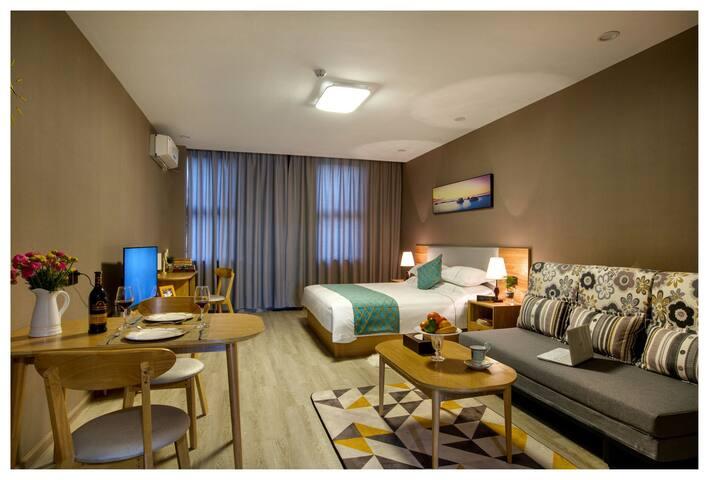 哈比比酒店公寓高级房近鄞州万达印象城罗蒙环球城 - Ningbo - Appartamento