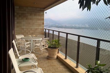 Confortable apartment and amazing Lagoon view - Rio de Janeiro
