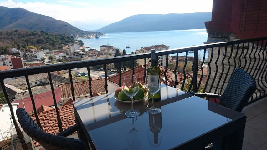 Sea View Apartments - Herceg - Novi - Wohnung