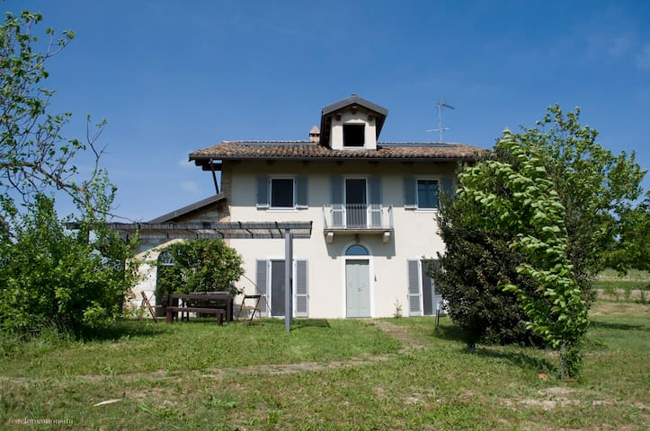 CASCINA S. ANNA-Villa+swimming pool