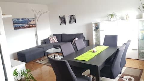 Appartement Dawn in de buurt van Zagreb Airport