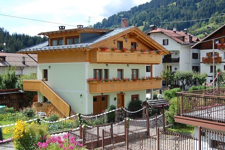 Casa Natura Dolomiti - Campolongo - Ev