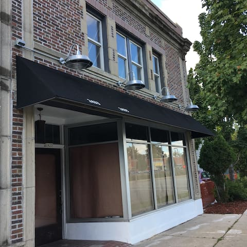 1000 sq ft Event Space Only - Milwaukee - Loft