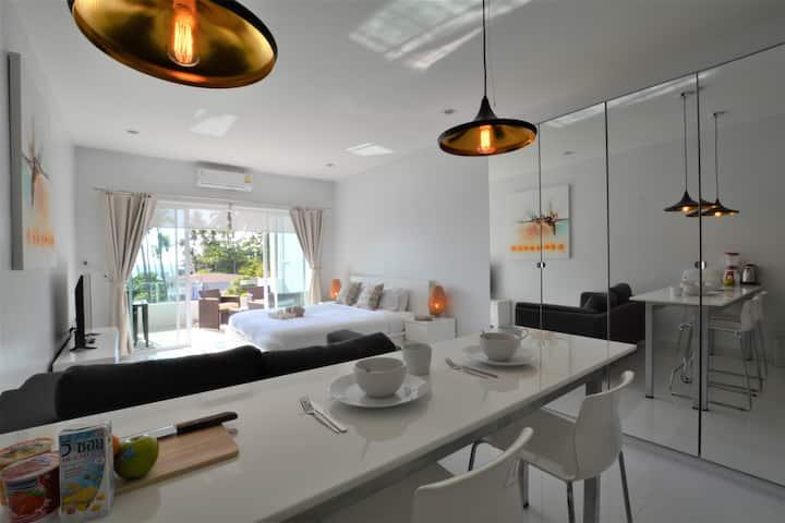 Coconut Bay Club Suite 303. Studio Apartment