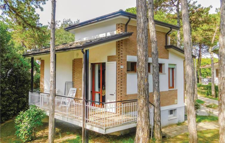 Semi-Detached with 3 bedrooms on 60m² in Lignano Pineta (UD)