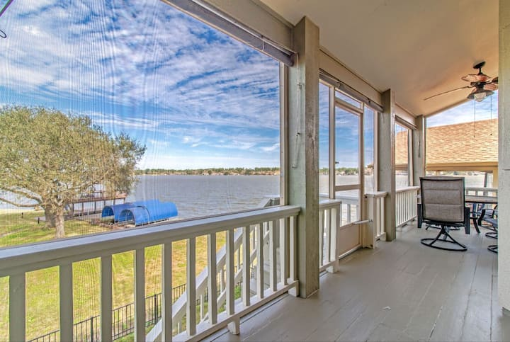 Stunning Waterfront View Fully Renovated! Elevator