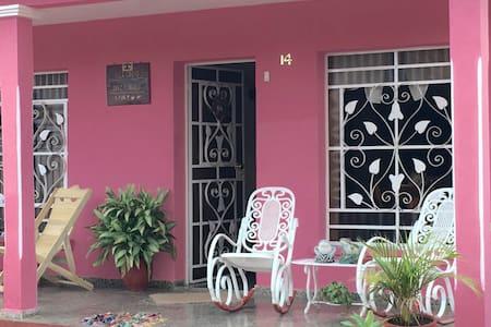Villa Cariño - Vinales - Rumah
