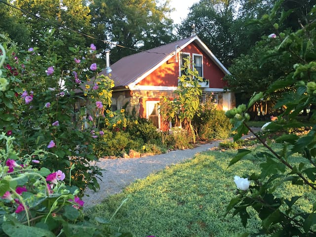 The Cottage at Ozark Highlands Farm - Carthage - Casa