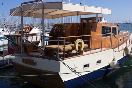 Bed & Boat sul Pascha a Marzamemi/cab. letto King - Marzamemi