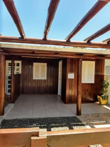 Casa 1 quarto Praia Rosa do MarSC próx a Torres