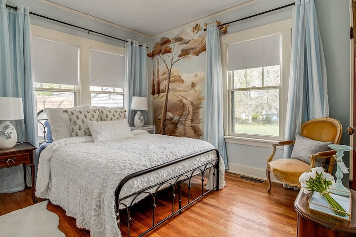 Blue Bedroom with hand painted mural by local artist