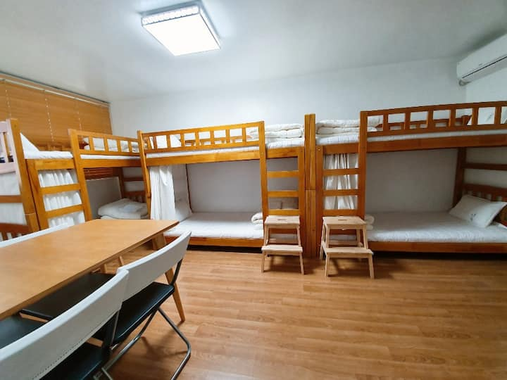 6 bed ROOM_ byulbam guesthouse