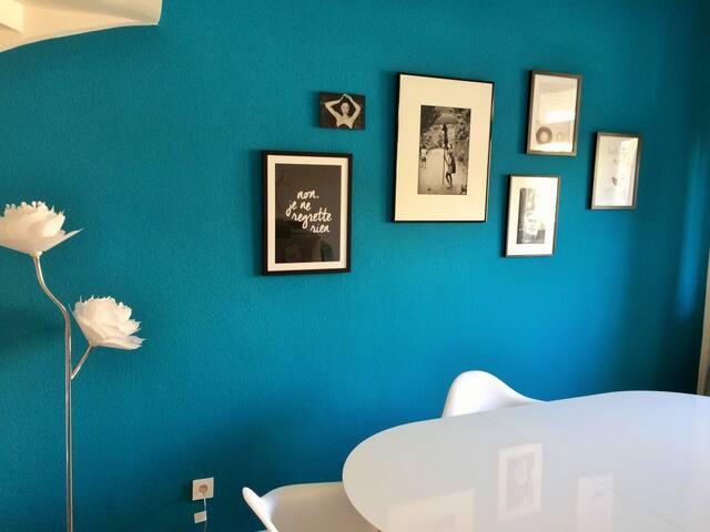 Zimmer in Luxus WG (neu renoviert)