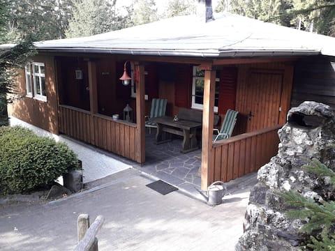 Kreutzmann's Hütte - Ferienhaus mitten im Wald