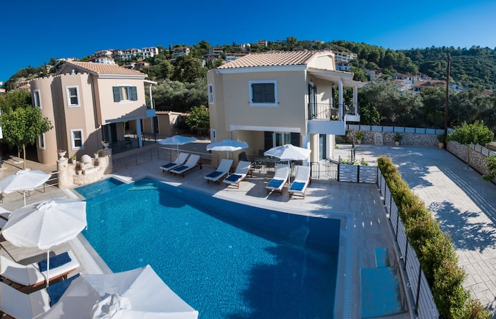 Luxury maisonette close to Lefkas Town and Blue Flag  Ag.Ioannis beach