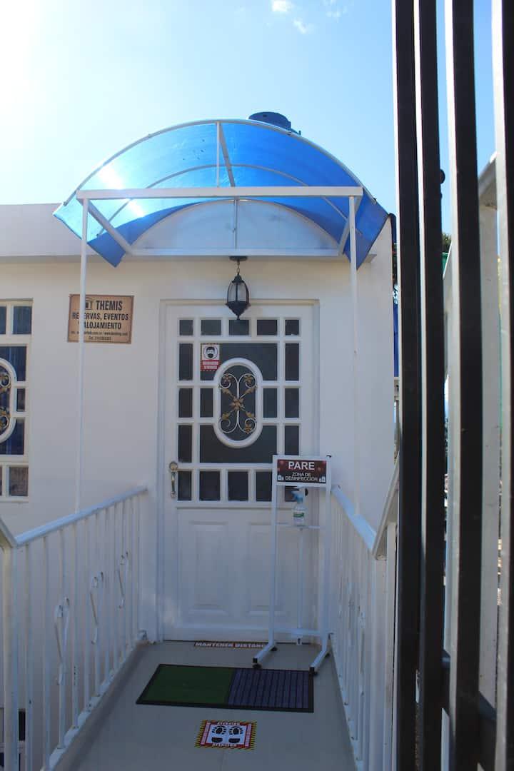 Apartamento Hotel THEMIS (2 habitación,1 Bañosala)