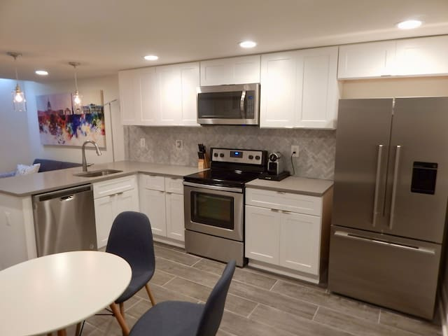 Dupont Circle 2 BR, Fully Renovated Master Kitchen