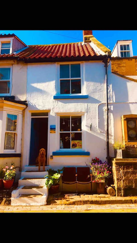 Johnny Reb Cottage In the He❤️rt of Staithes