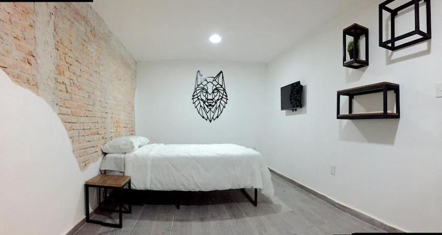 ROOM #4 - WOLF