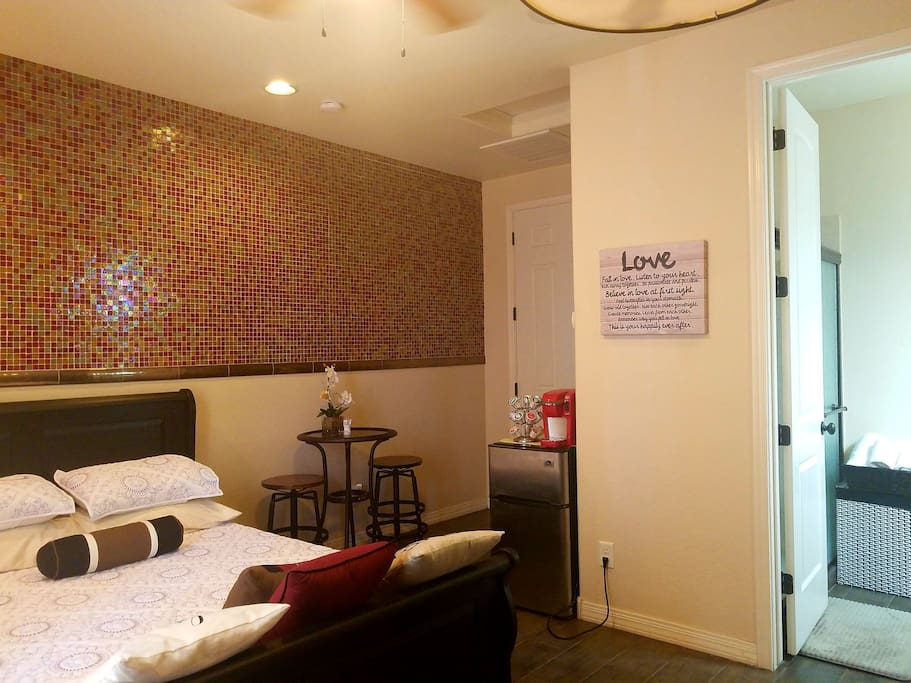 University Rooms For Rent