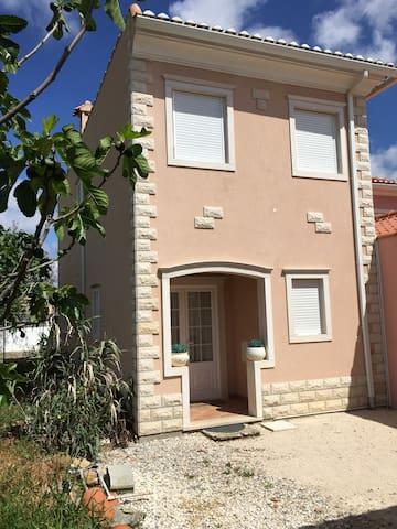 Maison familiale à 30 minutes de Lisbonne - Arruda dos Vinhos - Dom