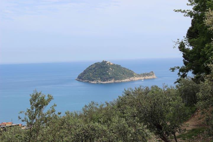 Monolocale con splendida vista sul mare