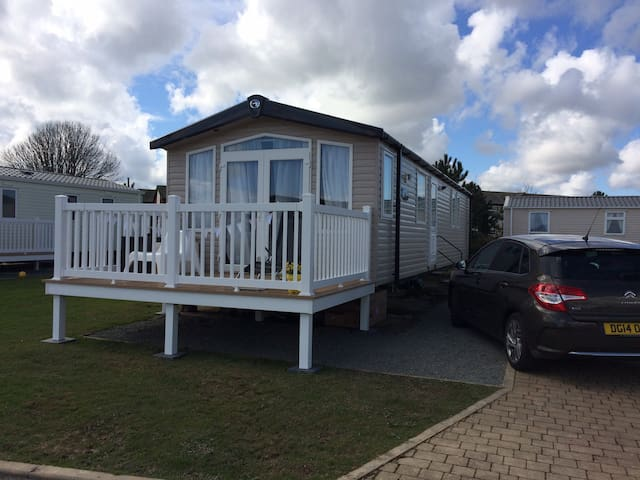Beautiful caravan in N Wales, stunning sea views
