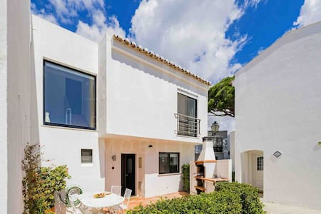Stunning 3 bed Villa Vale do Lobo