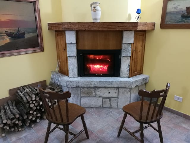 Sweet House   (Tagliacozzo intera casa)