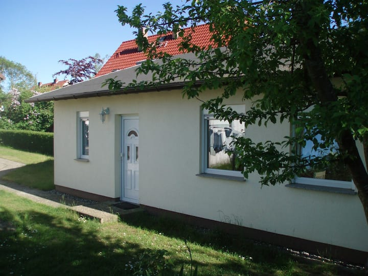 Bungalow am Fliederbusch