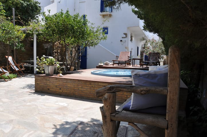 Vincenzo Family - Tinos Town - Tinos - Bed & Breakfast