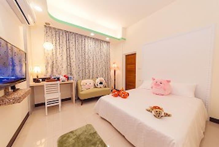 宜兰羅東夜市旁, 經典雙人房 - Luodong Township - Bed & Breakfast