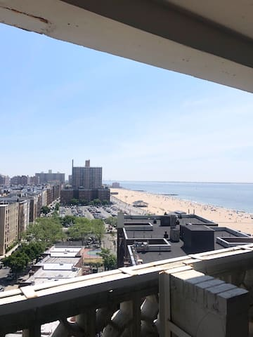 Beautiful beach front entire 1bed vacationBrooklyn