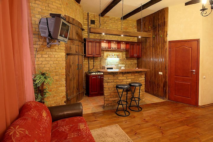 De-lux studio apartment in Center city
